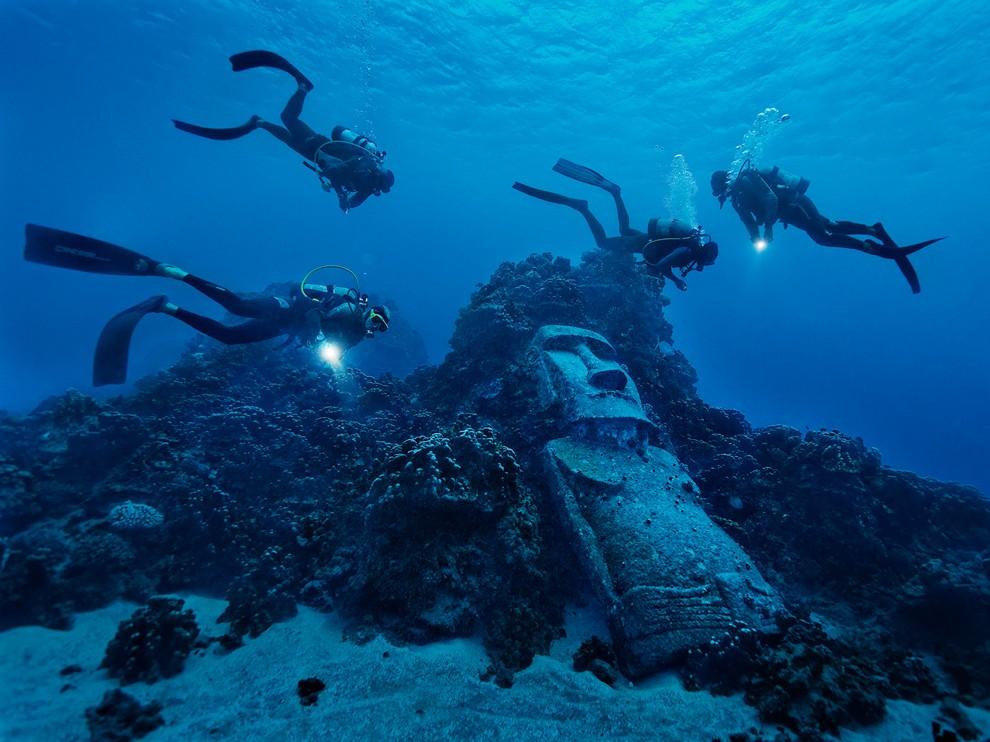 http://www.traveler-mir.com/files/c/country/chile/dostoprimechatelnosti/ostrov-paskhi-foto/ostrov-paskhi-foto_7.jpg