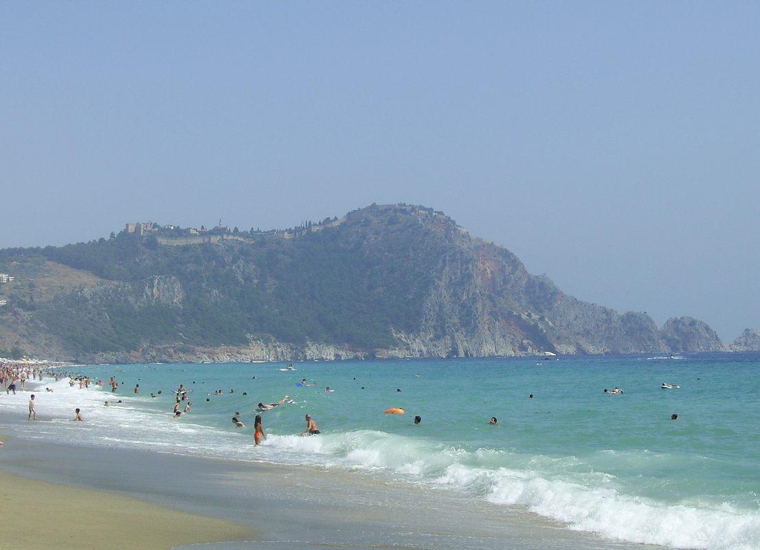 Пляж и о���ов Клеопа���