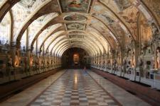 Интерьер замка Нойшванштайн