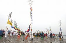 Природное чудо Моисея и фестиваль Разделение моря