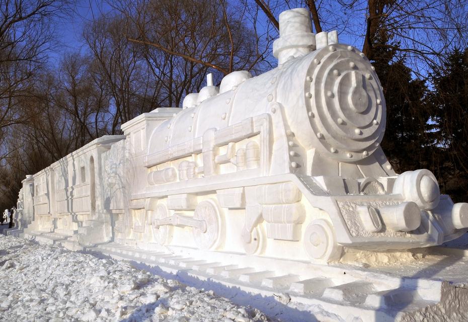 Фото скульптур из снега своими руками